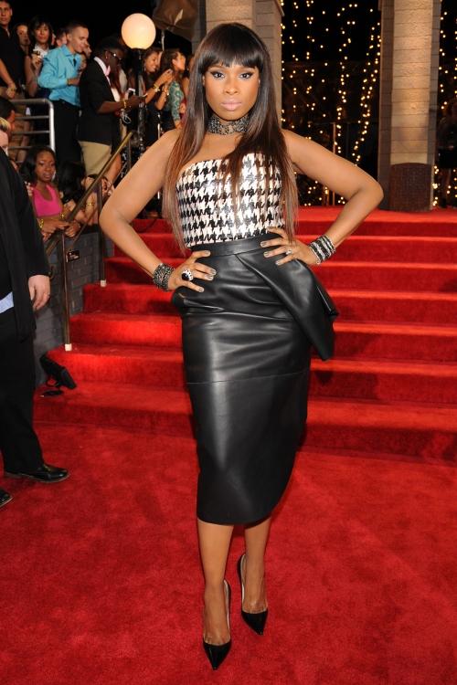 Jennifer Hudson en la alfombra roja de los MTV VMA 2013