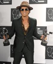 Bruno Mars presume de premios en los MTV VMA 2013