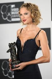Taylor Swift, la ganadora más guapa de los MTV VMA 2013