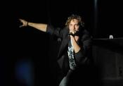 David Bisbal, espectacular sobre el escenario en su concierto en Marbella