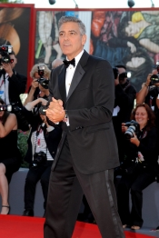 George Clooney, el más elegante del Festival de Venecia 2013