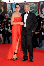 Sandra Bullock y George Clooney en el Festival de Venecia 2013