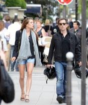Carlota Casiraghi y Gad Elmaleh viven su amor también en París