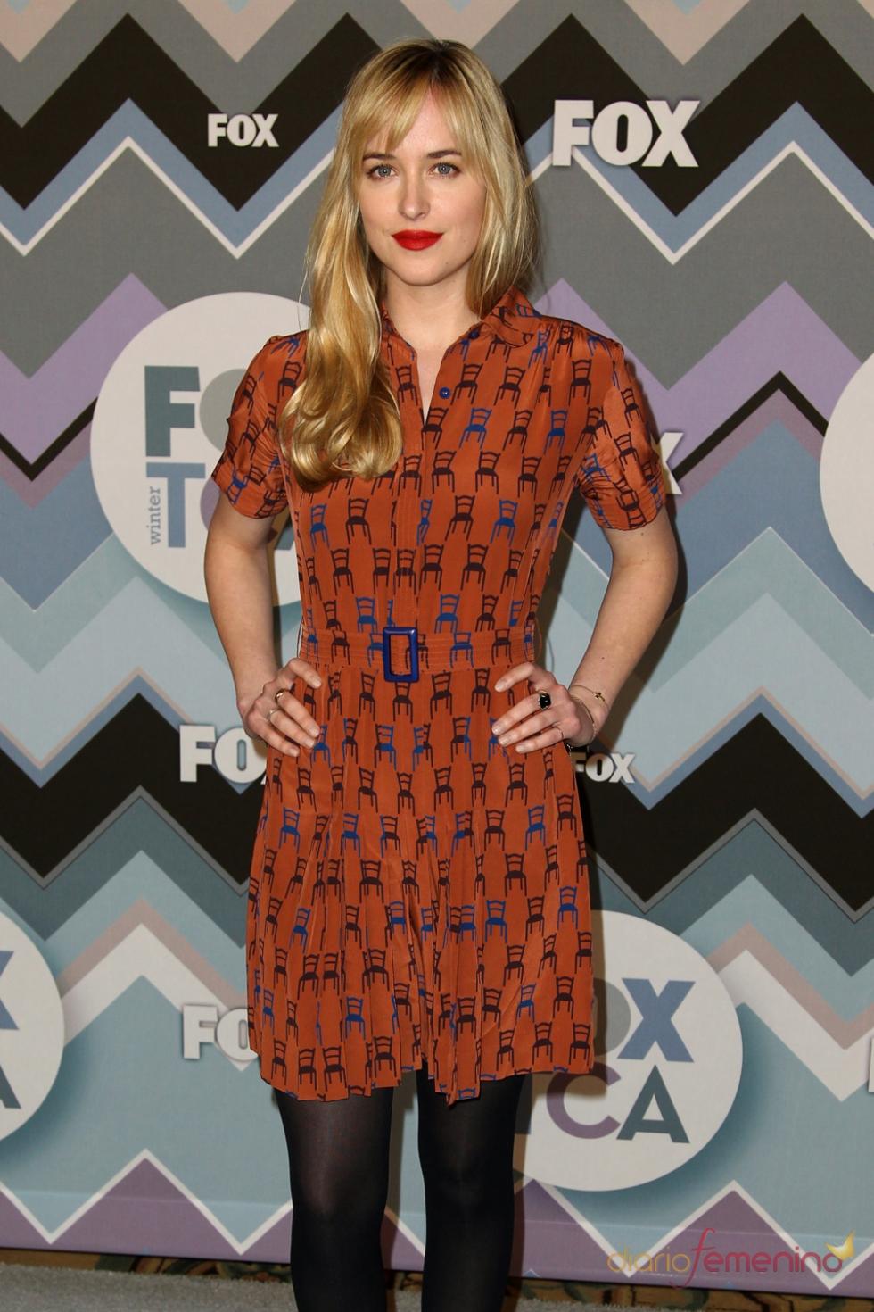 Dakota Johnson vestida de Yves Saint Laurent en la