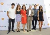 El reparto de Galerías Velvet de Antena 3: Paula Echevarría, Maxi Iglesias...