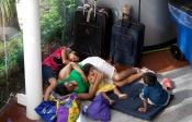 Miles de afectados se refugian en el Centro de Convenciones de Acapulco