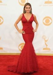 Sofía Vergara, espectacular en la alfombra roja de los Emmy 2013
