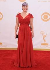 Kelly Osbourne en la alfombra roja de los Emmy 2013
