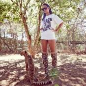 Rihanna, entre fieras y sin pantalones