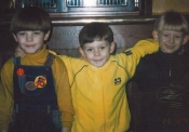 Louis Tomlinson, de One Direction, de pequeño para Story of My Life