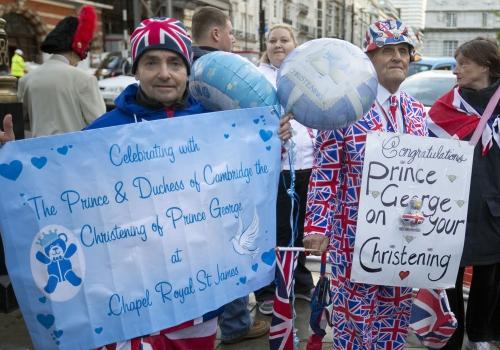 Expectación por ver a Kate Middleton en el bautizo del príncipe Jorge