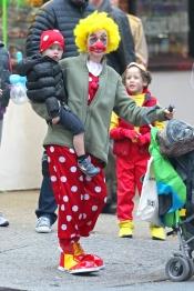Naomi Watts, disfrazada de payaso para Halloween