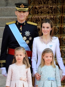 Las mejores fotos de la coronación de Doña Letizia y Don Felipe