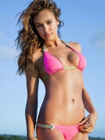 Miss Cuerpazo en Bikini: 10 famosas de andar por playa