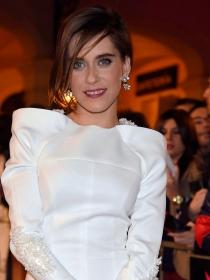 María León, todo glamour sobre la red carpet
