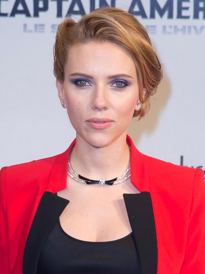 Vestidos para pecho grande: Scarlett Johanson - 10 fabulosos ...