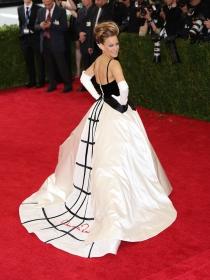MET Gala 2015: los vestidos más elegantes de la historia