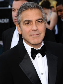 George Clooney, el eterno dandy