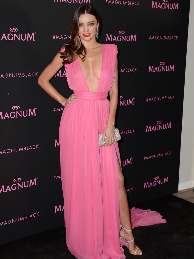 Celebrities con vestidos rosas, la moda más dulce