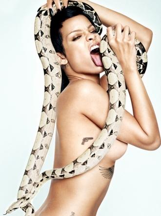 Las celebrities se vuelven locas con las serpientes