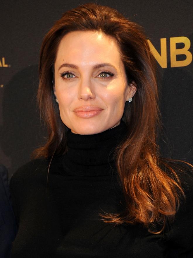 Angelina Jolie El Estilo De La Sexy Mujer De Brad Pitt