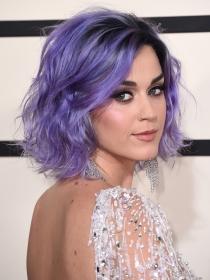 El look de Katy Perry, la musa de Moschino