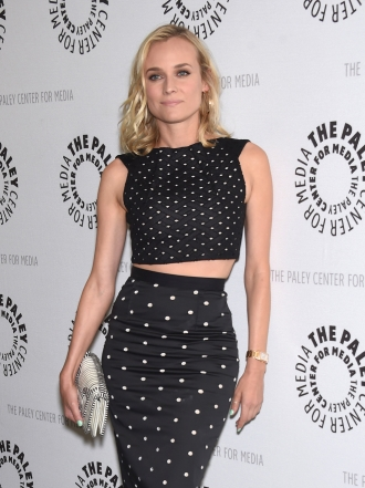 Faldas de tubo: la prenda más sexy de las famosas