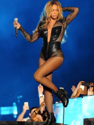 Las 10 famosas con las piernas más bonitas