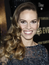 El look de la actriz de Million Dollar Baby, Hilary Swank