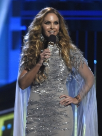 Así es Lucero, la reina mexicana que conquista a sus fans