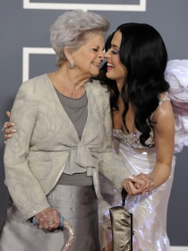 Katy Perry y otras celebrities que adoran a sus abuelos