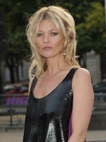 Los mejores looks de Kate Moss, la antimodelo británica
