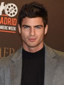 Maxi Iglesias, un galán español de televisión