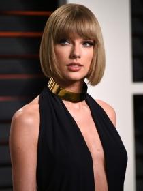 Taylor Swift y las mejor vestidas de la semana