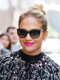 Jennifer Lopez y los moños más fabulosos de las celebrities