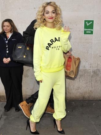 Chándal y tacones: de Rihanna a Selena pasando por Rita Ora