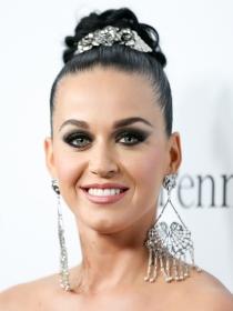 Katy Perry y los mejores make up de famosas con ojos azules