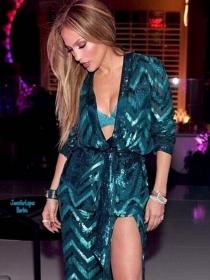 Jennifer Lopez y más celebrities que diseñan zapatos