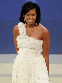 8 veces que Michelle Obama se vistió de novia en un evento