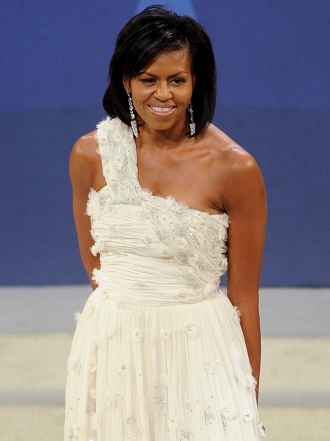 8 veces que Michelle Obama se vistió de novia en un evento