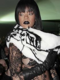 12 colores de labios que favorecen a Rihanna