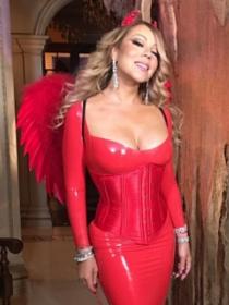 8 looks navideños para triunfar como Mariah Carey de fiesta