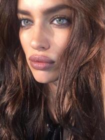 10 veces que los labios de Irina Shayk fueron de otro planeta