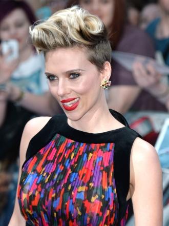 7 maneras de arreglar tu pelo pixie como Scarlett Johansson