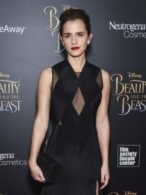 Los poderosos looks de Emma Watson para la Bella y la Bestia