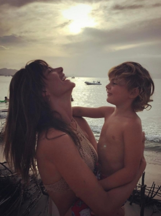 Las fotos más tiernas de Alessandra Ambrosio con sus hijos