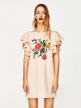 10 vestidos de ZARA para celebrar la primavera en 2017