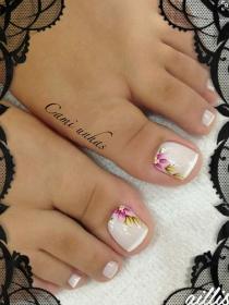 Divertidas ideas para pintarte las uñas de los pies
