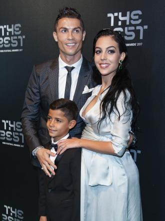 Georgina Rodríguez y Cristiano Ronaldo, su amor foto a foto