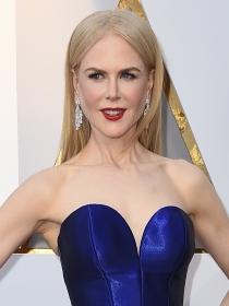 Nicole Kidman y Eiza González: Sus escotes en los Oscars 2018